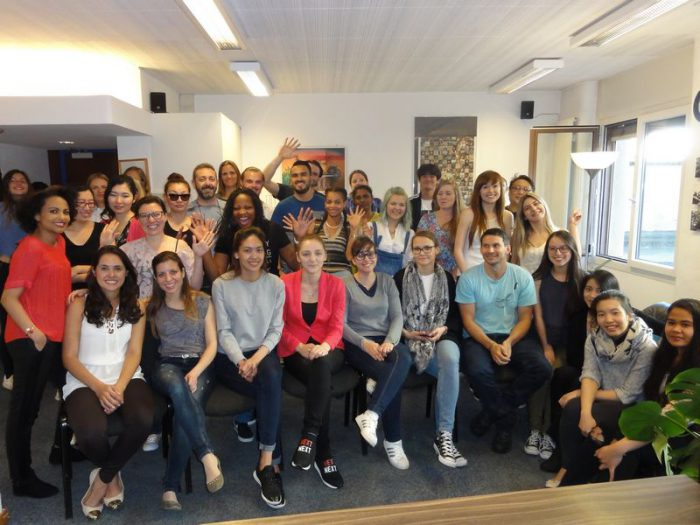 photos étudiants ELFI - Ecole de Langue Française et d'Informatique